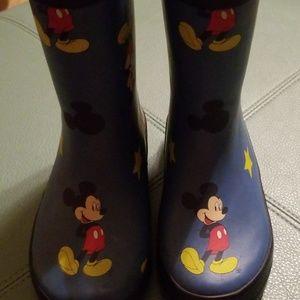 Mickey rain boots 8